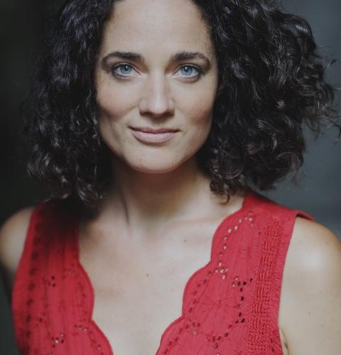 Hélène PÉQUIN